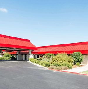 Ramada By Wyndham New Braunfels photos Exterior