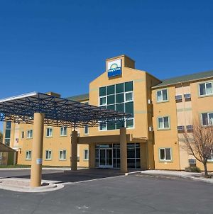 Days Inn By Wyndham Vernal photos Exterior