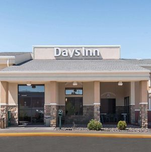 Days Inn By Wyndham Minot photos Exterior