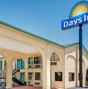 Days Inn By Wyndham Espanola photos Exterior