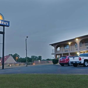 Days Inn By Wyndham Downtown-Nashville West Trinity Lane photos Exterior