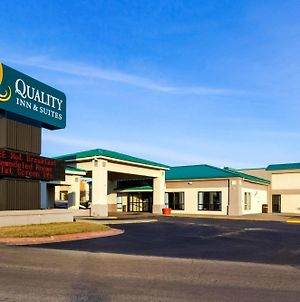 Quality Inn & Suites Moline - Quad Cities photos Exterior