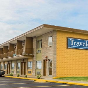 Travelodge By Wyndham Bloomington photos Exterior