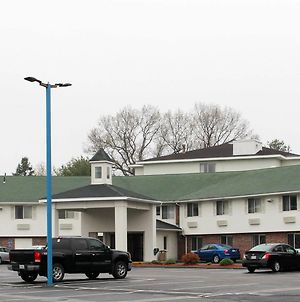 Motel 6 Westborough photos Exterior