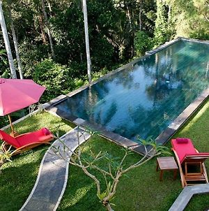Suara Air Luxury Villa Ubud photos Exterior