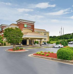 Holiday Inn Express Burlington, An Ihg Hotel photos Exterior