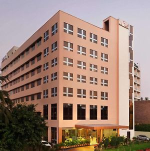 Ramada By Wyndham Jamshedpur photos Exterior