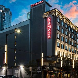 Ramada By Wyndham Vancouver Downtown photos Exterior