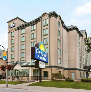 Days By Wyndham Niagara Falls Centre St. By The Falls photos Exterior