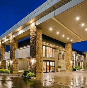 Best Western Plus Burnaby Hotel photos Exterior