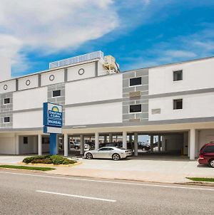 Days Inn By Wyndham Ormond Beach Mainsail Oceanfront photos Exterior