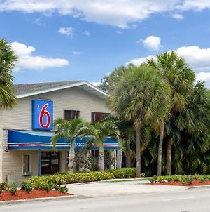 Motel 6-Fort Lauderdale, Fl photos Exterior