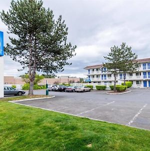 Motel 6 Seattle North - Kirkland photos Exterior