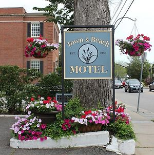 Town & Beach Motel photos Exterior