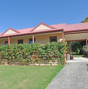 Beilby Beach Cottage - Free Wifi & Foxtel Included! Pet Friendly photos Exterior