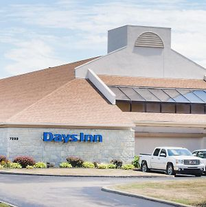 Days Inn By Wyndham Middleburg Heights photos Exterior