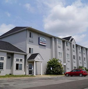 Bridgepointe Inn & Suites Toledo-Perrysburg-Rossford-Oregon-Maumee By Hollywood Casino photos Exterior