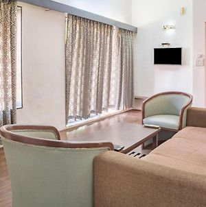 Elegant 1 Bedroom Accommodation Ideal For A Couple photos Exterior