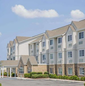 Microtel Inn & Suites By Wyndham Albertville photos Exterior