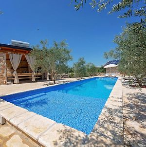 Charming Holiday Home In Bale With Jacuzzi And Swimming Pool photos Exterior