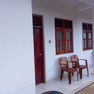 Dinesh Guest House photos Exterior