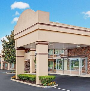 Days Inn By Wyndham Clarksville Tn photos Exterior