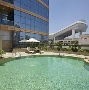 Doubletree By Hilton Hotel And Residences Dubai Al Barsha photos Exterior