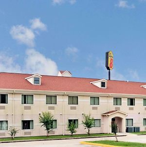 Super 8 By Wyndham Conroe photos Exterior