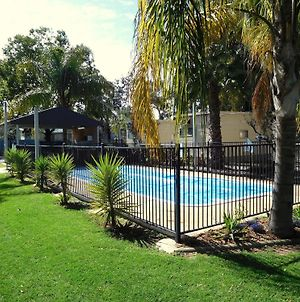 Narrabri Motel And Caravan Park photos Exterior