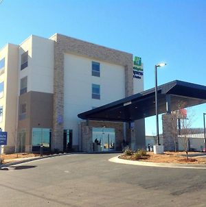 Holiday Inn Express And Suites Tahlequah, An Ihg Hotel photos Exterior