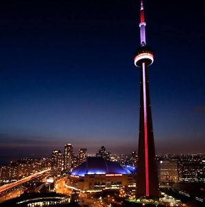 Napa Furnished Suites At Cn Tower & Maple Leaf Square photos Exterior