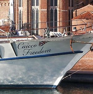 Venezia Boat & Breakfast Caicco Freedom photos Exterior