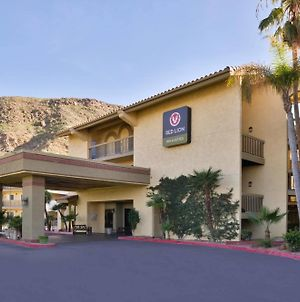 Red Lion Inn & Suites Cathedral City photos Exterior