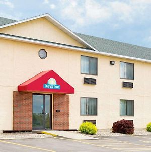 Days Inn By Wyndham Yankton Sd photos Exterior
