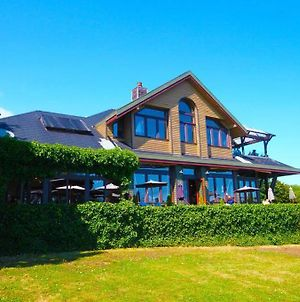 Spinnakers Brew Pub & Guest Houses photos Exterior