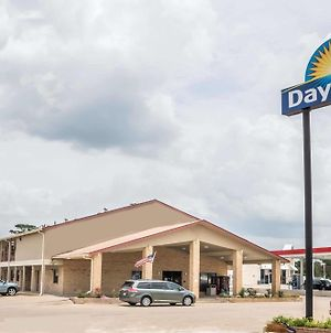 Days Inn By Wyndham Bastrop photos Exterior