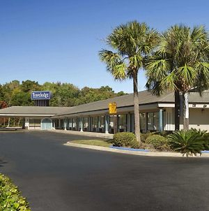 Travelodge By Wyndham Hinesville photos Exterior