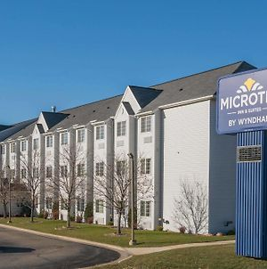 Microtel Inn & Suites By Wyndham Rochester North Mayo Clinic photos Exterior