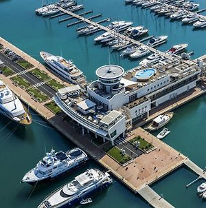 Yacht Club Marina Di Loano photos Exterior