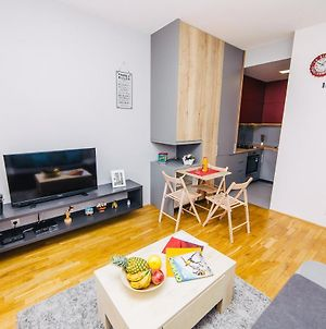 Cozy Apt. In The Heart Of Old Town Free Parking photos Exterior