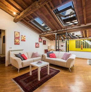 Close To Santa Croce Penthouse With Easy Parking photos Exterior