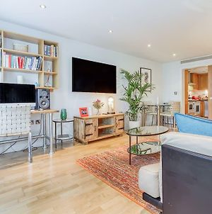 Bright Contemporary 2 Bed 2 Bath Apt In Fulham photos Exterior