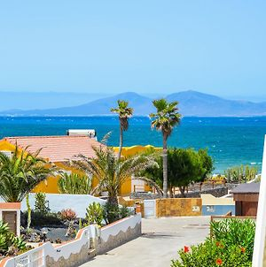 "Bohemian Seafront ""Villa Paradise"" With Bbq, Garden, Terrace & Free Wifi By Holidays Home photos Exterior"