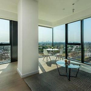 Luxurious London Apartment In The Sky photos Exterior