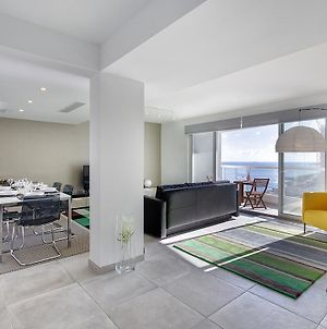 Marvellous Seafront Apartment In The Best Location photos Exterior