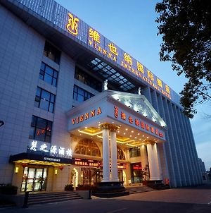 Vienna International Hotel Shanghai Pudong Airport Free Trade Zone photos Exterior
