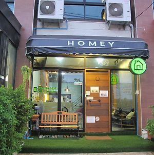 Homey-Donmueang Hostel photos Exterior