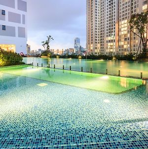 Teeup Home - Luxury Serviced Apartment With Infinity Pool&Gym photos Exterior