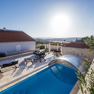 Beautiful Holiday Home In Debeljak With Swimming Pool photos Exterior