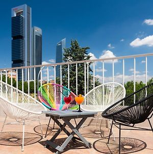 Hotel Madrid Chamartin Affiliated By Melia photos Exterior